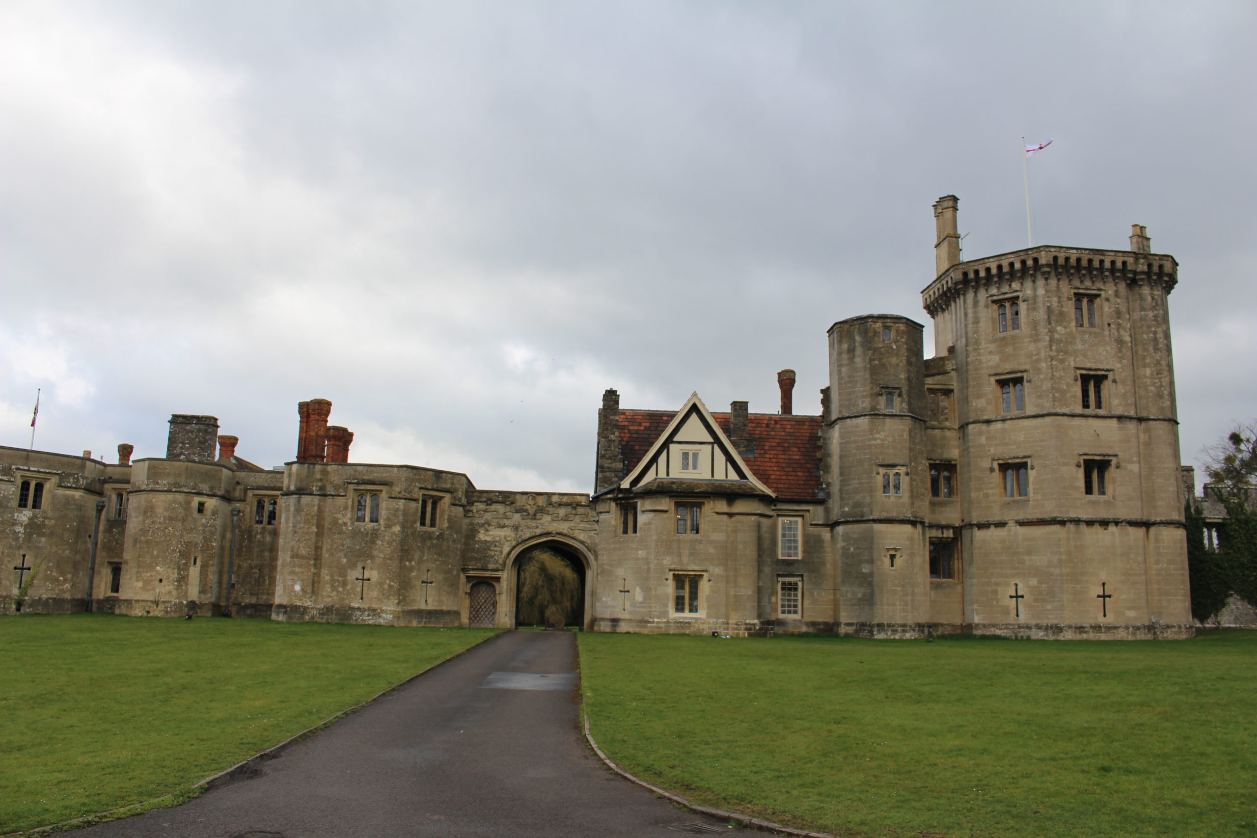 Archiving at a Tudor Castle – Thornbury
